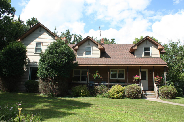 Find contract for deed properties in Chisago County.