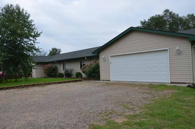 Must see property in Isanti County.