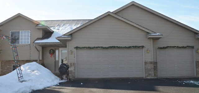 38465 Coventry Drive, North Branch, MN 55056 — $169,900 Welcome home to this charming North Branch home for sale in the Casselberry Ponds neighborhood! This Chisago County home for sale features […]